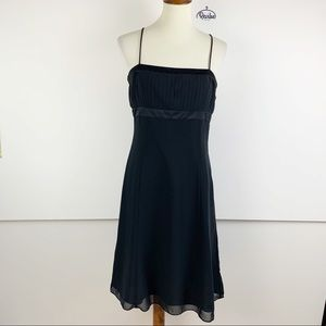 Ann Taylor Black Sleeveless Pleated Dress D1225